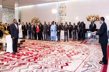 Paul BIYA reçoit les vœux 2019 au palais de l'unité.