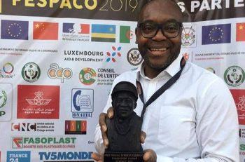Fespaco 2019: le Cinéaste camerounais Jean-Pierre Bekolo, lauréat du Prix Sembene Ousmane.